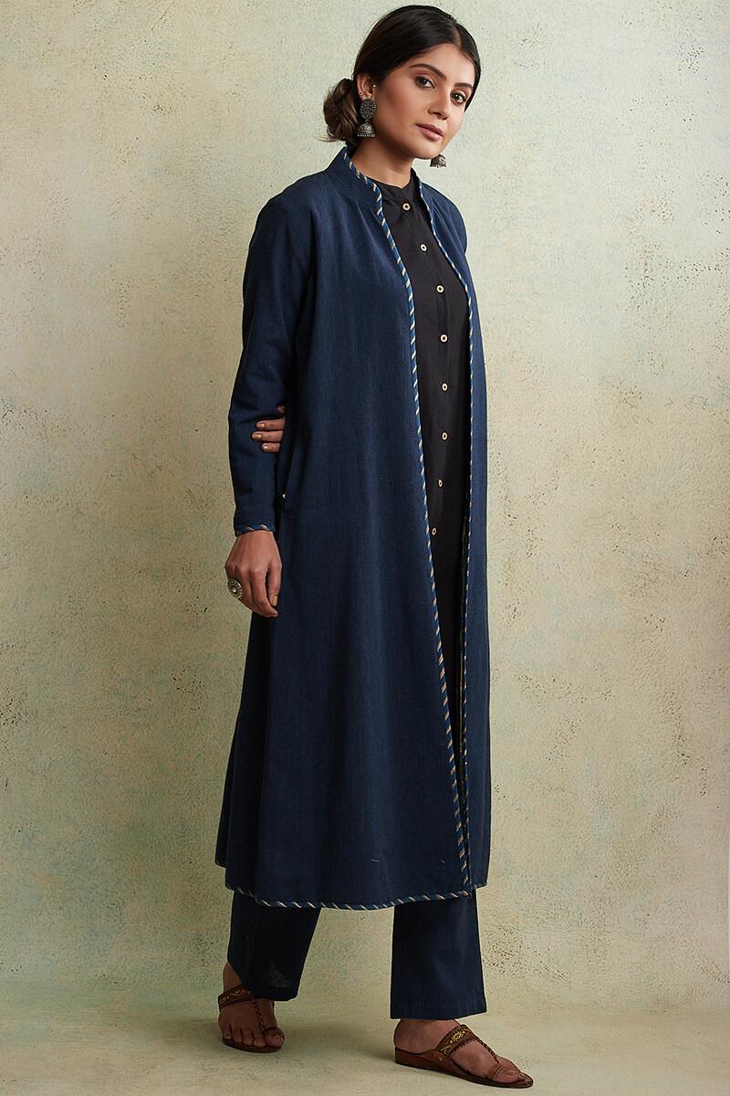 Zahabiya Jiya Reversible Handloom Jacket - Image View 4