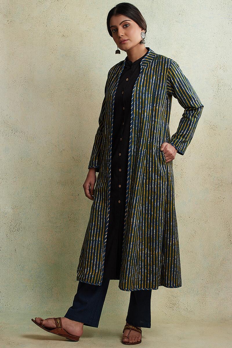 Zahabiya Jiya Reversible Handloom Jacket - Image View 5