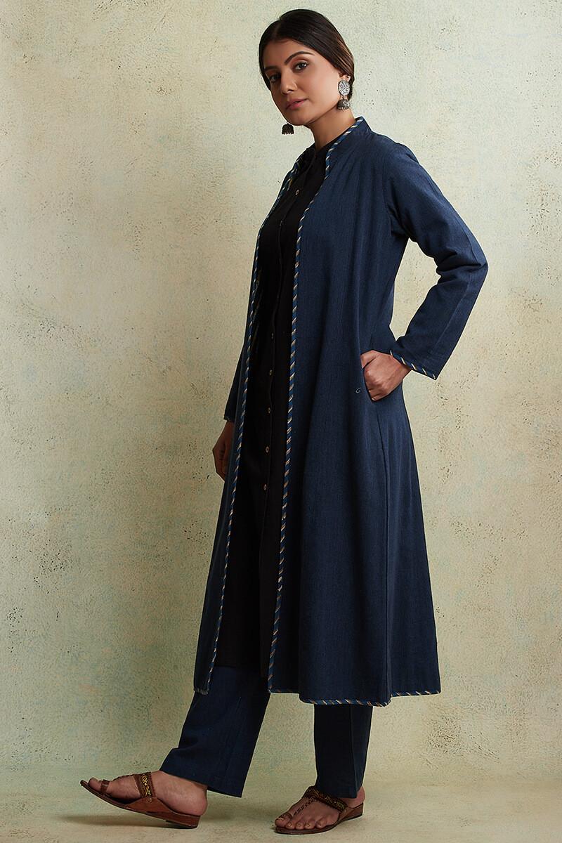 Zahabiya Jiya Reversible Handloom Jacket - Image View 6