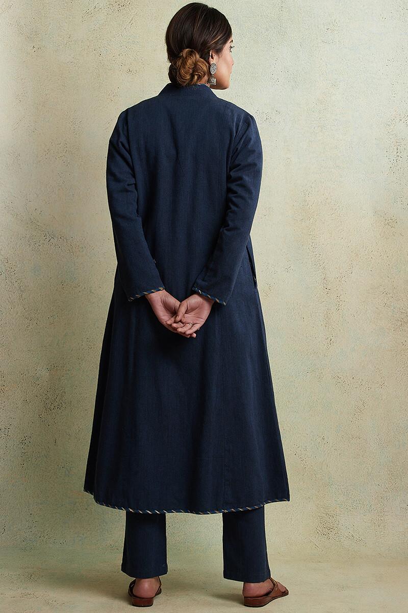 Zahabiya Jiya Reversible Handloom Jacket - Image View 8